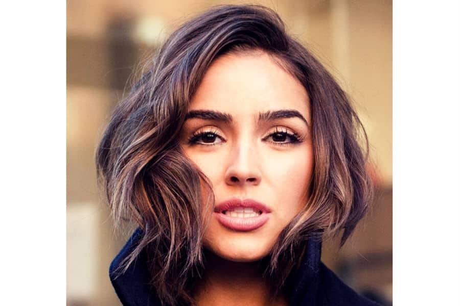 стрижки на основе каре фото на средние волосы