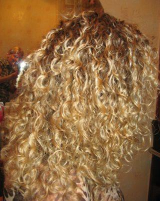 Химическая завивка на натуральный блондинистый волос