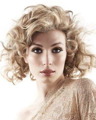 фото стрижки на средние волосы