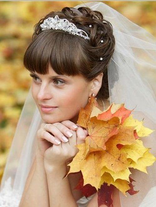 Прическа с челкой прическа свадебная фото