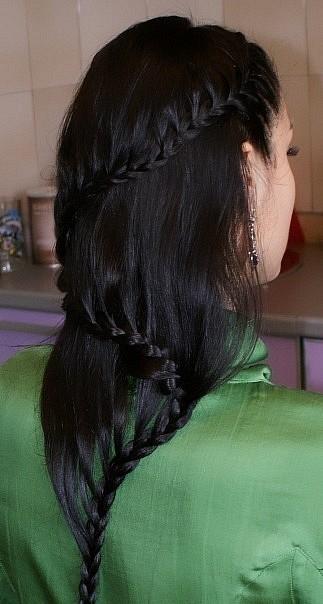 Косичка змейка по всей длине волос