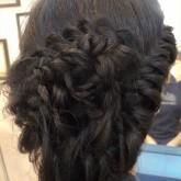 Прическа из кос на темные волосы
