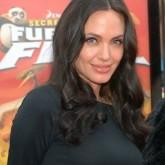Визитная карточка Анджелины Джоли - крутные локоны