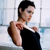 Это образ персонажа Анджелины Джоли из хакеров