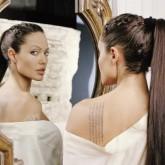 kinopoisk.ru-Angelina-Jolie-777482