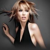 Подобная стрижка поможет придать объема тонким волосам