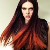 Контрастное окрашивание волос сделают ваш образ ярким и необычным.