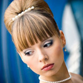 Свадебная прическа в стиле стиляг - отличная идея