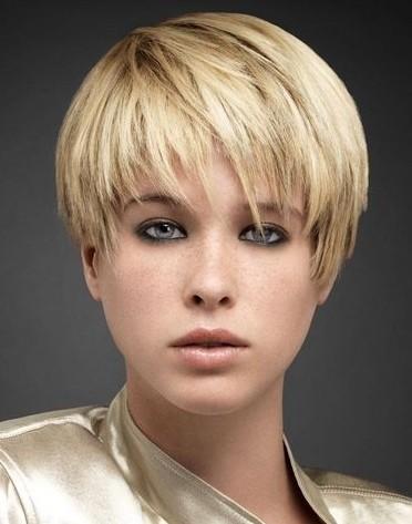 Круглое лицо модельные короткие женские стрижки