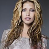 Красивое окрашивание длинных волнистых волос