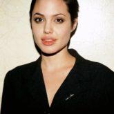 """Даже красавица Джоли одно время ходила со стрижкой """"под мальчика"""""""