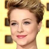 Хаотичные короткие волосы могу стать идеальным дополнением любого образа