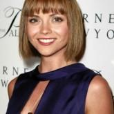 Светлый цвет волос необычен для имиджа актрисы