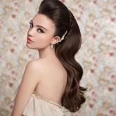 Красивые распущенные волосы с начесом