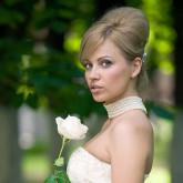 Идеальная бабетта с помощью валика