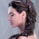 Красивая свадебная прическа с косой в греческом стиле