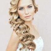 Удивительно красивые распущенные волосы на свадьбу