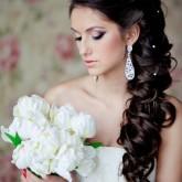 Изящная пышная греческая коса на свадьбу