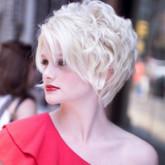 Интересный вариант для волнистых волос