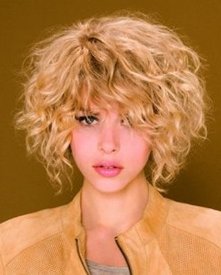 Стрижки для пышных вьющихся волос