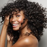 Красивые мелкие завитки на длинных волосах