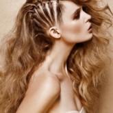 Оригинальный вариант для длинных волос