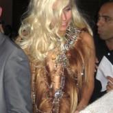 Легендарное платье из волос Леди Гаги
