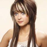 Длинные волосы и пышная шапочка