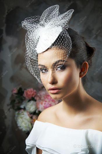 Прическа со шляпкой фото