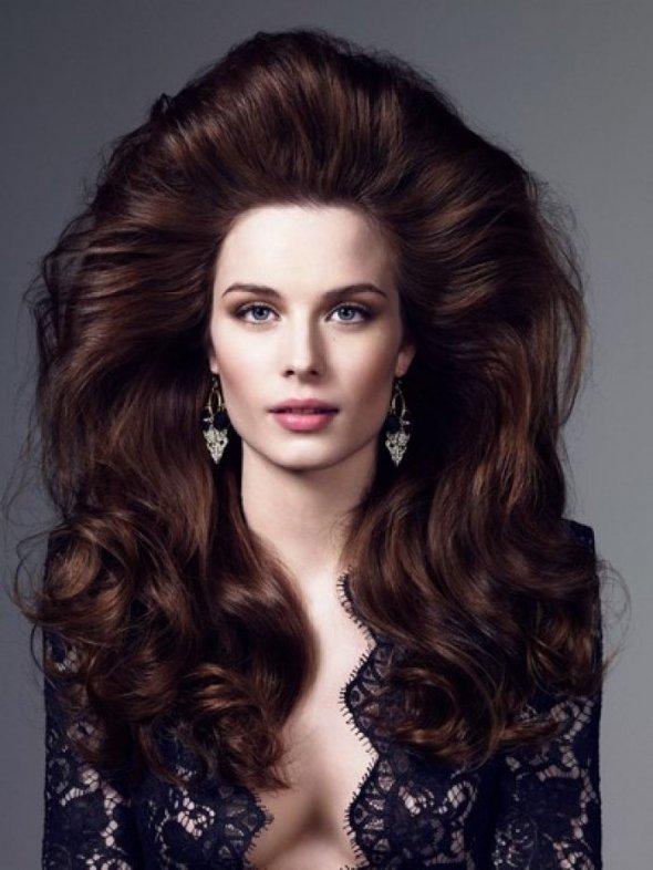 прически с начесами на длинные волосы