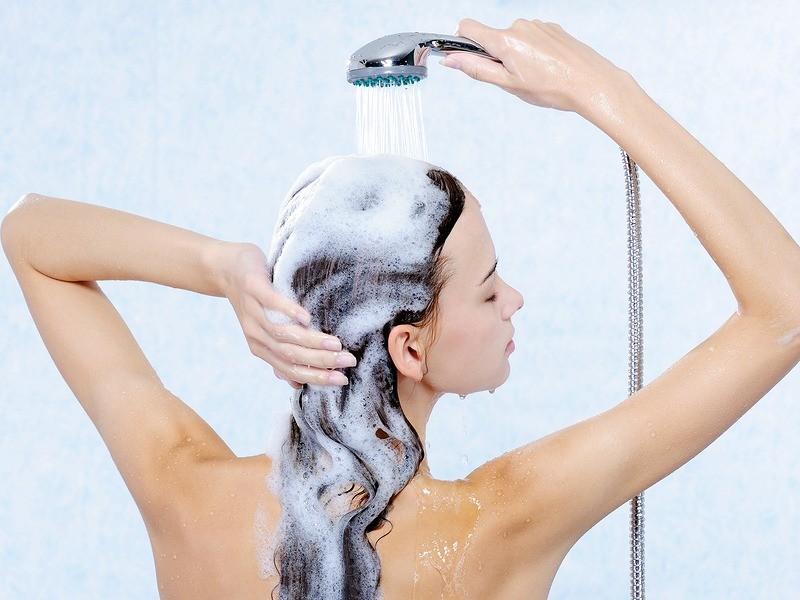 Как правильно выпрямлять волосы утюжком самой: как часто, при какой температуре