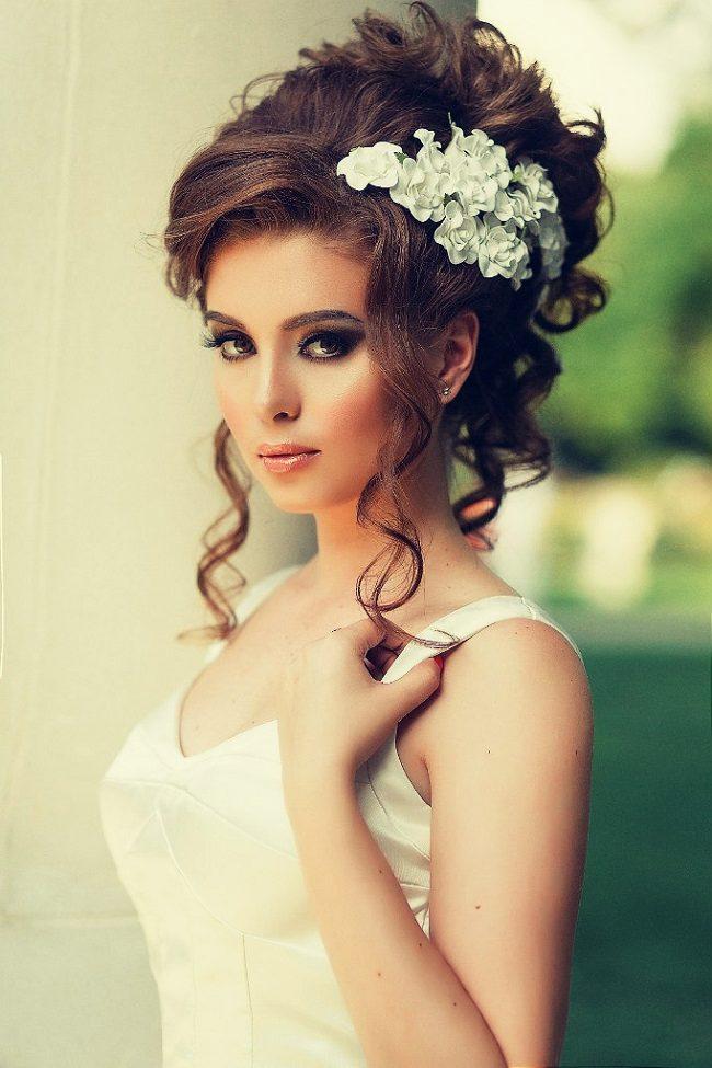 Свадебная прическа на парик